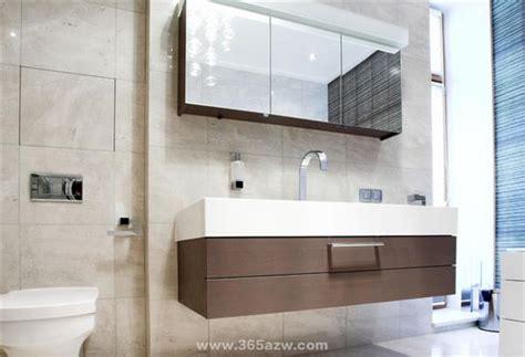 Ideas For Tiny Bathrooms 浴室裝修設計有哪些注意事項 愛我窩