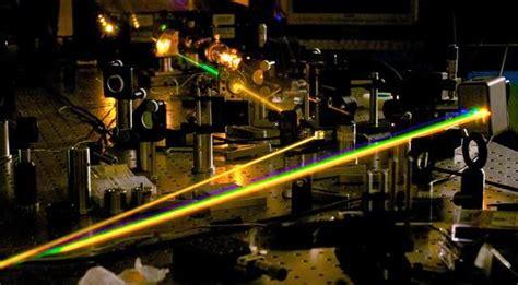 Laser Spectroscopy high resolution and high precision laser spectroscopy