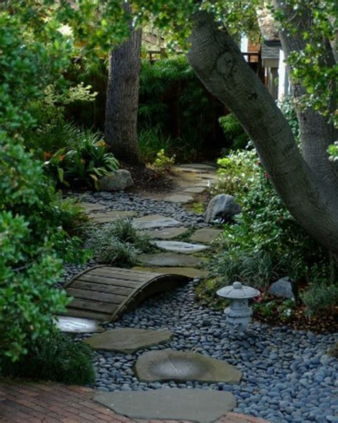 Backyard Path by 35 Lovely Pathways For A Well Organized Home And Garden
