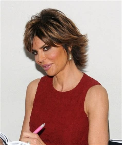 what color is lisa rinna s hair lisa rinnas short and spiky hairstyle hair styles