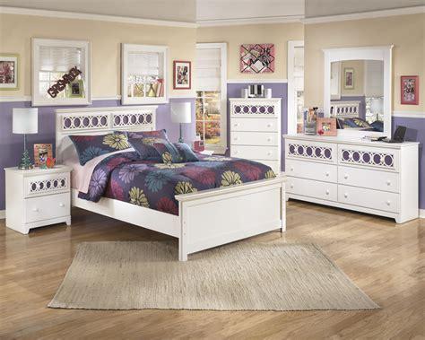 zayley bedroom set signature design by ashley zayley full bedroom group