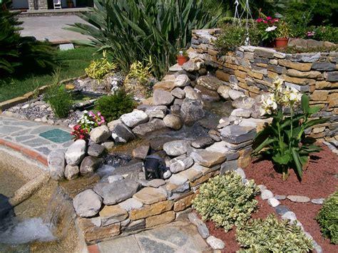 laghetto con cascata da giardino benza laghetti da giardino cascate e ruscelli artificiali
