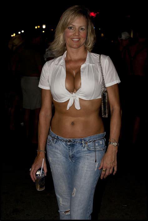 55 year old woman gang bang hot sexy milf mature woman pinterest sexy women