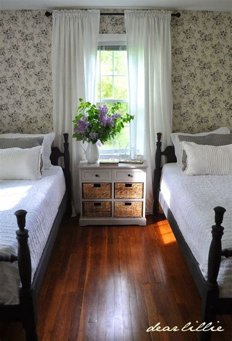 new england bedroom design best 25 new england cottage ideas only on pinterest new
