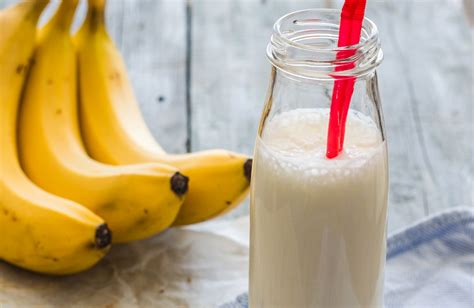 Panda Shake Bananza Shake peanut butter banana smoothie recipe sparkrecipes