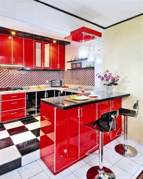desain dapur nuansa merah tips desain dapur mungil dengan warna stabilo
