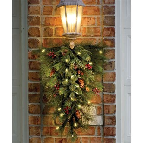 christmas swags  outdoors decorated teardrop swag