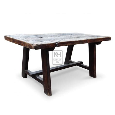 prop hire 187 tables 187 wooden rectangle table keeley hire