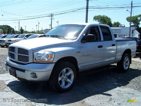 2006 dodge ram 1500 4x4 for sale 2006 dodge ram 1500 st cab 4x4 in bright silver