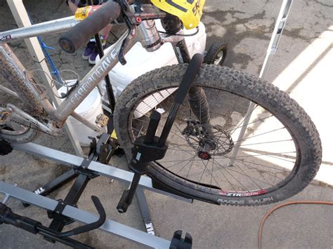 thule improves 29er capability adds lock cores standard