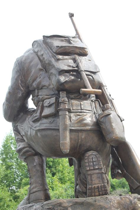 life size bronze kneeling soldier military memorial monument