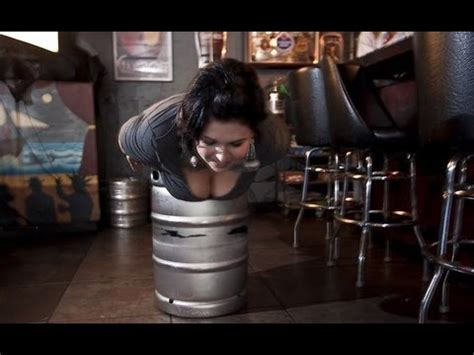 tiradores de cerveza para casa la mejor broma con cerveza de la historia sale cerveza