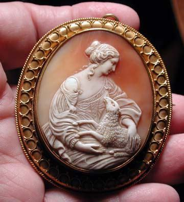 Swan Cameo Spm 45 peace museums and on