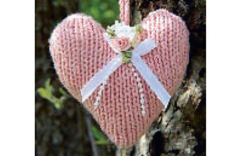 heart knitting pattern uk knitting pattern woman s weekly knitting pattern