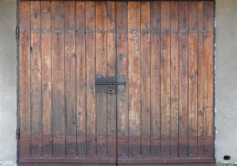 doorswoodbig0039 free background texture door garage wood planks brown beige