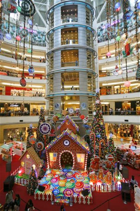malls decorated in christmas world s 10 malls rediff business