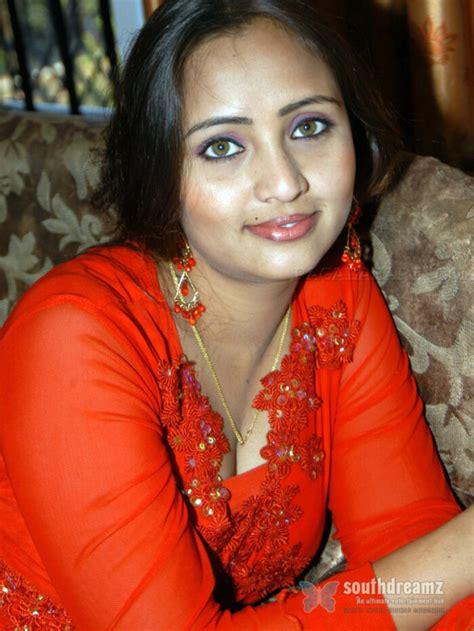 gandhi biodata in telugu telugu actress ravali profile photo gallery