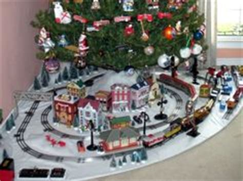 1000 images about christmas train layouts on pinterest