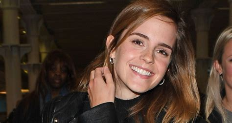 emma watson crying emma watson cried seeing harry potter and the cursed