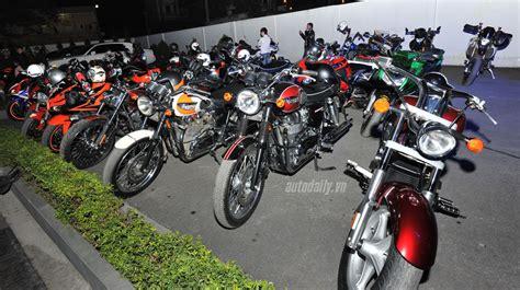 I Mua Motorrad Fahr N by Bmw đưa Loạt M 244 T 244 Khủng Về Việt Nam Mua B 225 N 212 T 244