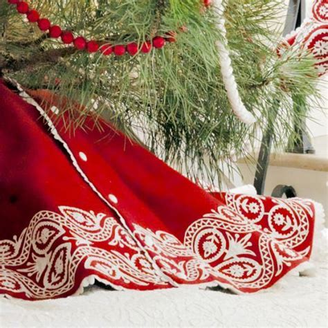 Christmas Tree Skirts by 25 Best Ideas About Christmas Tree Skirts On Pinterest