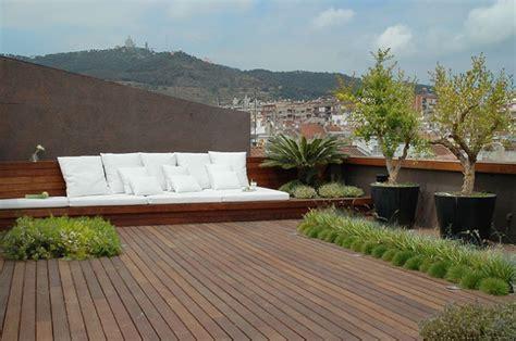 terrazze in legno giardini e irrigazione giardiniere giardinaggio parchi