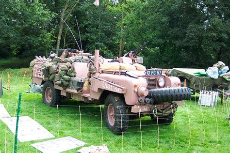 sas land land rover sas pink panther photos reviews news specs