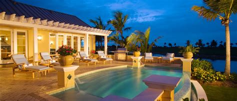 Plantation Style Homes by Luxury Homes And Villas In The Cayman Islands