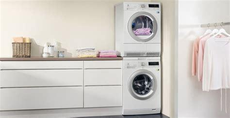 Altezza Lavatrice E Asciugatrice by Come Scegliere L Asciugatrice Donna Moderna