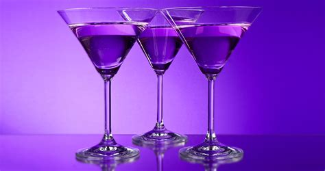 purple cocktail pay tribute to prince by mixing up purple cocktails