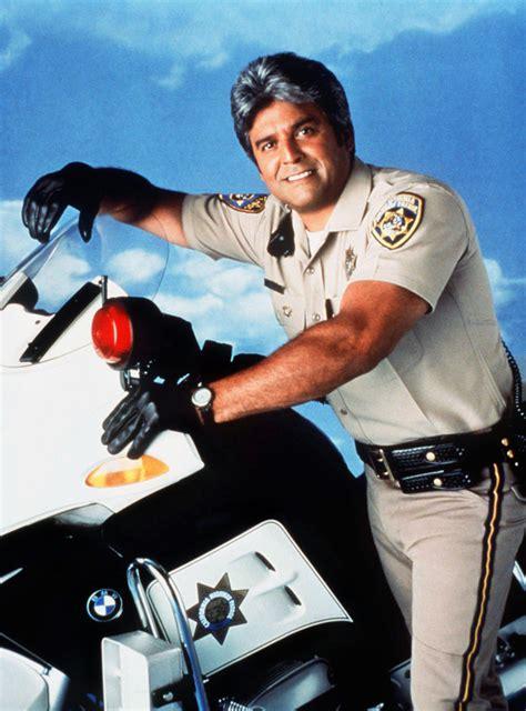 Die Motorrad Cops Wiki by Chips 99 Filmkritik Film Tv Spielfilm