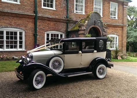 Wedding Car Back by Vintage Car Vintage Style Wedding Car For Hire In