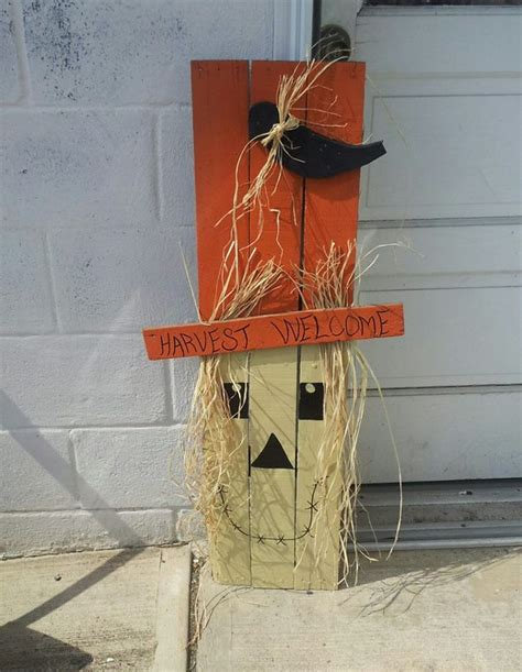 pallet crafts projects i can do this from some pallets fall decor