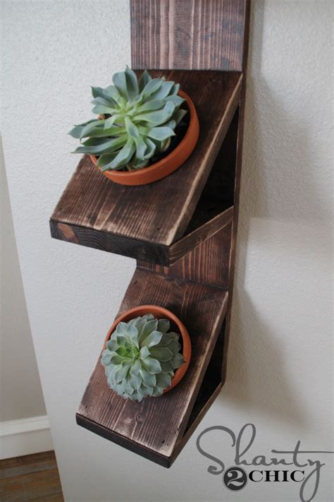 Diy Planter Wall diy wall planter with succulents shanty 2 chic