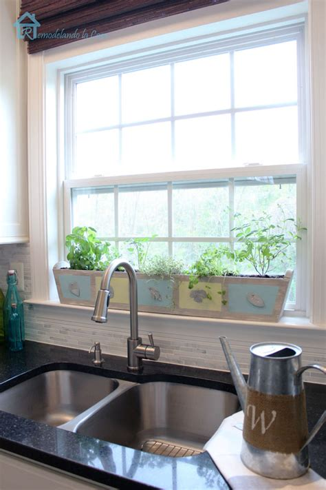 Kitchen Planter Window by Build Your Own Custom Kitchen Herb Planter Pretty Handy