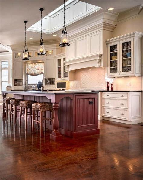 lake house kitchen ideas 17 best ideas about lake house kitchens on barn kitchen kitchens and house design