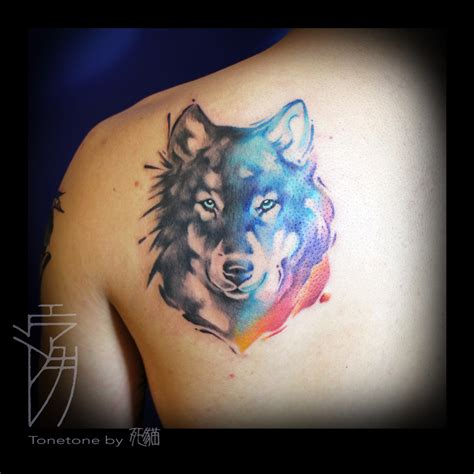 watercolor wolf tattoo watercolor wolf search piercings and tatts