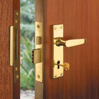 Best Way To Secure Front Door Front Door Security Locks Doors