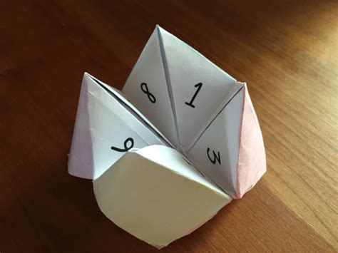 How To Make Paper Fortune Tellers - how to make a fortune teller out of paper