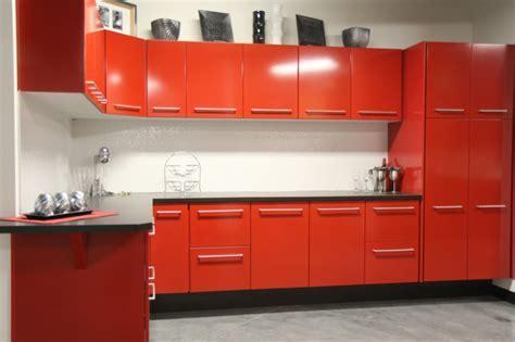 Cocinas en rojo   treinta y ocho diseños ardientes