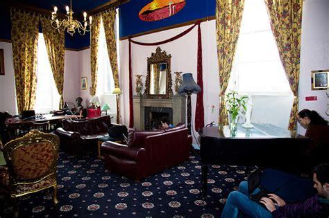 Living Room Edinburgh Deals Castle Rock Hostel A Unique Accommodation In The