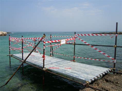 capitaneria di porto monopoli pontile abusivo sequestrato dalla capitaneria cronaca