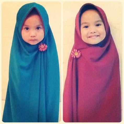 Jilbab Anak Aqila true syar i aqila pakai khimar from hijabalila