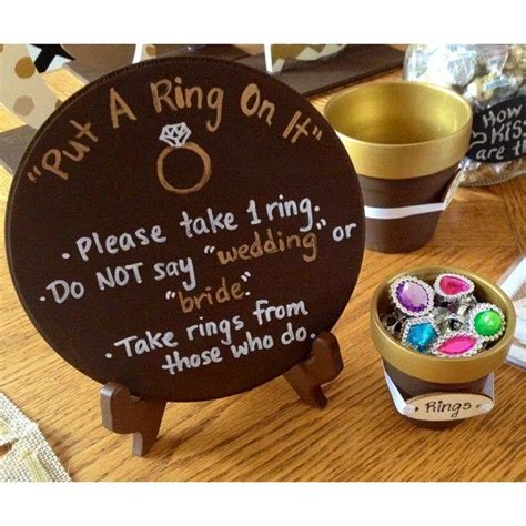 Kitchen Tea Games Ideas by Top 25 Best Bridal Shower Prizes Ideas On Pinterest