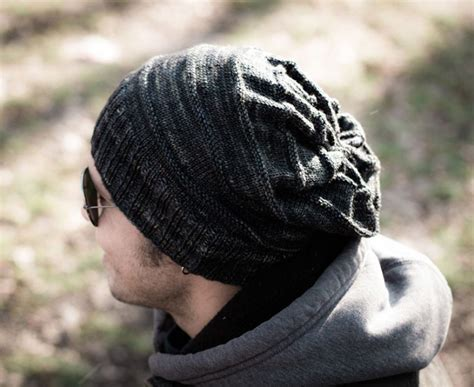 mens knit hat pattern slouch knit hat pattern allfreeknitting