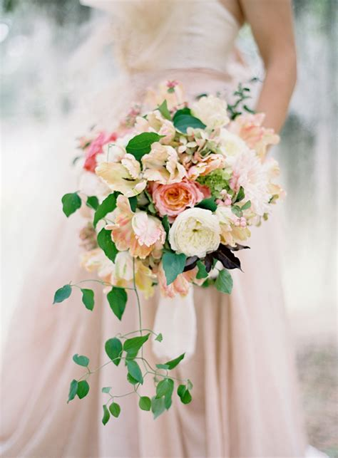 draping wedding bouquets top 10 wedding bouquets wedding ideas oncewed com