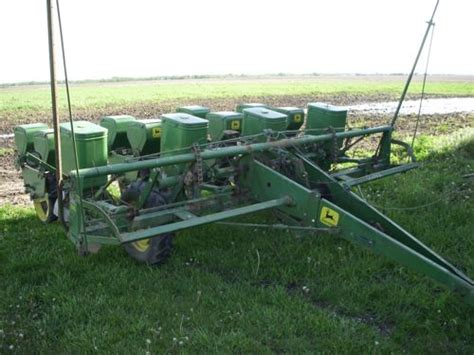 1240 Deere Planter by Auction Report 9 2 8n Quot Mutt Quot Ford 9n 2n 8n