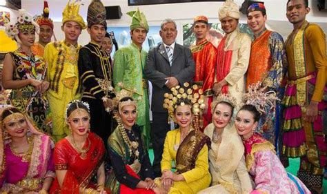 express haircut malaysia malaysia lights up britain to win big boost for tourism