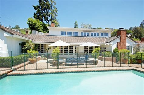 emma stone home emma and andrew shack up in beverly hills variety
