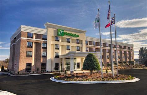 holiday inn greensboro coliseum in greensboro hotel